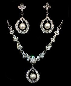 Pearl Bridal Jewelry Set Vines Bridal Necklace Flower by YJDesign, $98.00