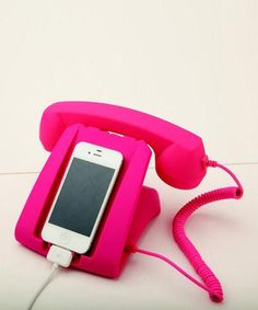 DCI vintage inspired phone | http://mylusciouslife.com/retro-vintage-antique-phone-pictures/