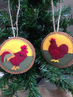 Set of 2 Felt Rooster and Hen Christmas Ornaments - Penny Rug Style - Wheat…