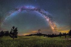 Shot of the Milky Way over Devils Tower in Wyoming [2048x1350] [OC] - Author: DanielCampos411