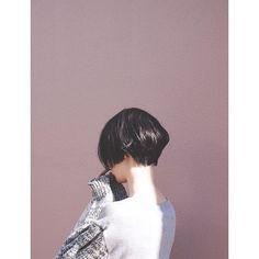 中目黒 いつくし THE ショートボブ 頭の丸みは美しく、襟足は短く首に沿うように #ショートボブ #ショートヘア #前髪なし #黒髪ボブ #ショートパーマ #ショートボブパーマ #ワンカール #fad3 #シンプルコーデ #komatsukeisuke