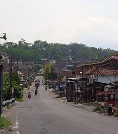 Setelah jembatan kali progo. Kampung Plikon,arah ke Trasan. Bandongan. Kabupaten Magelang. Jateng. 🇮🇩🇮🇩🇮🇩🇮🇩🇮🇩 Street View