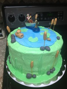 A day of fishing on the lake Birthday cake for my son in law. Can't wait for him to see it!