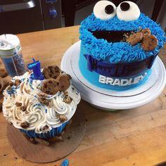 Cookie Monster smash cake and birthday cake ❤ #mandycakes