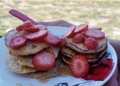 Panqueques de avena y banana Waffles, Strawberry, Fruit, Breakfast, Food, Oat Pancakes, Morning Coffee, Essen, Waffle