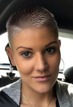 There is Somthing special about women with Short hair styles. Enjoy the many different styles. Short Shaved Hairstyles, Buzz Cut Hairstyles, Short Pixie Haircuts, Cool Hairstyles, Really Short Hairstyles, Undercut Hairstyles, Buzzed Hair Women, Shaved Hair Women, Shaved Hair Cuts