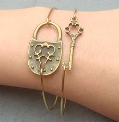 Fancy Key and Lock Bangle 2 Bracelet Set
