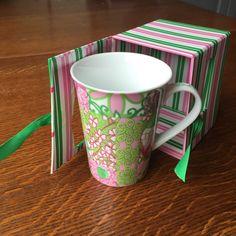 Lilly Pulitzer Latte Da! Porcelain Mug in Vintage Patch Boxed Pink Green