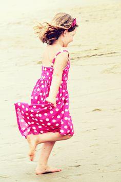 Beach wedding little girl in pink! ❤❤yogagurl on maui