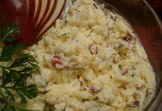 Sýrová pomazánka s jablkem | NejRecept.cz 100 gmáslo 200 gsýrokrém 100 gsýr Eidam 2 ksjablko trochusekaná pažitka podle chuti sůl