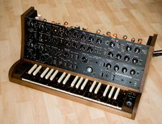 Knif / tube synth