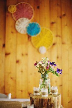 diy embroidery hoop and yarn wall decor