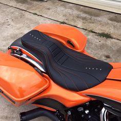 Custom Baggers, Custom Harleys, Custom Motorcycles, Custom Bikes, Motorcycle Seats, Motorcycle Leather, Harley Davidson Seats, Cafe Racer Seat, Biker Gear
