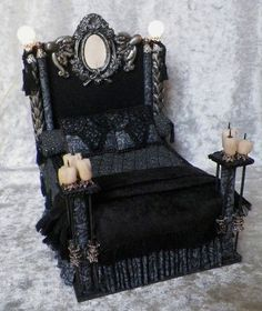 gothic+miniatures | Wycked Gothic Bed... Double size, lighted ... | Dollhouse miniatures