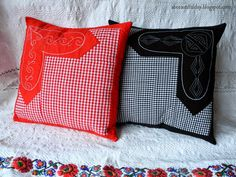 Love Thoughts - Valentine Embroidered Patchwork Pillow - Free Pattern