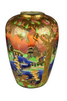Large-Antique-Wedgwood-Porcelain-Fairyland-Lustre-Vase