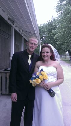 matthew and marlena were married in Fairview Heights at Long Acre Park on May 31, 2014