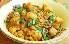 Food recipe malayalam karim bhai of new salute food centre in food recipe malayalam lekshmi nair learns how to make aloo gobi forumfinder Gallery