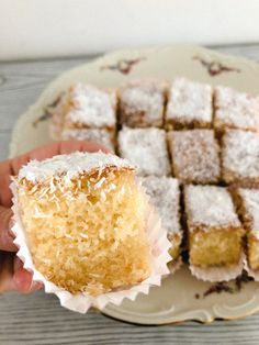 İdeen Easy Cake Vanilla griesmeelcake with coconut, Cake Recept, Healthy Cake, Coconut Recipes, Dessert Bars, Cake Cookies, Vanilla Cake, Cookie Recipes, Cake Decorating, Bakery