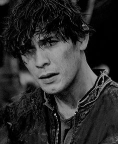 Welcome to BELLARKEDAILY, a blog dedicated to Bellamy Blake and Clarke Griffin from The CW's show...