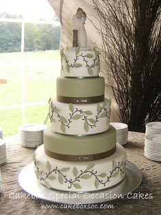 If I were to need another wedding cake... ;)