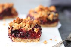 Havermout crumble bars met rood fruit
