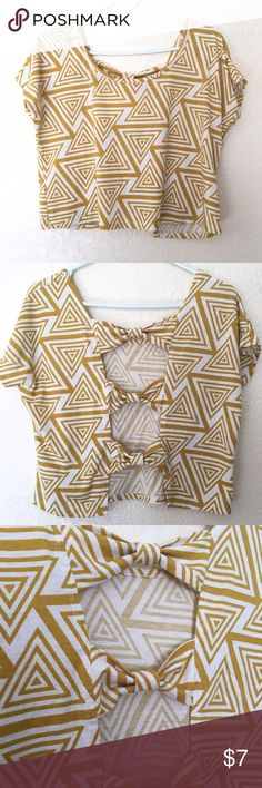 Bow back top Worn twice• great condition Poetry Tops