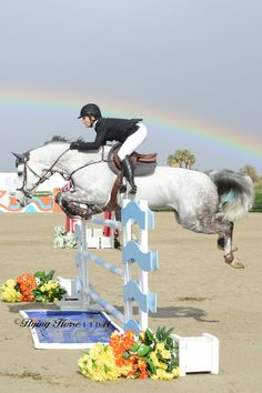 Could this picture not get any more perfect? A beautiful show jumping moment with a rainbow! #rainbow #showjumping #stylemyride @SMRequestrian http://www.stylemyride.net/