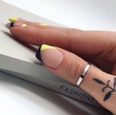 New Nails Design Natural To Get 21 Ideas How to utilize nail polish? Nail polish on your own friend's nails looks perfect, nevertheless, you can't a Cute Acrylic Nails, Cute Nails, Pretty Nails, Hair And Nails, My Nails, Prom Nails, New Nail Designs, Natural Nail Designs, Natural Design