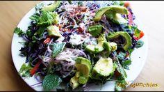 Raw Vegan Kelp Noodle Salad | Rawmunchies.org | Raw Vegan Recipes #recipe #Raw #vegan #rawvegan #noodles #salads #kelp #youtube #youtuberecipe #youtuber #youtubevideo #vegannoodles #rawvegannoodles