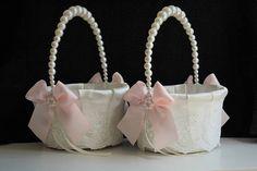 Blush Flower Girl Basket for wedding Blush pink basket Pink Organza Flowers, Blush Flowers, Elegant Wedding, Lace Wedding, Wedding Blush, Pearl Wedding Decorations, Blush Rosa, Rustic Flower Girls, Accessoires Photo