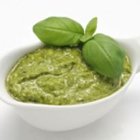 Pesto is an Italian recipe for sauce that is commonly used on pasta. But sometimes you can serve pesto with sliced beef tomatoes and sliced boiled potatoes. Basil Pesto Sauce, Pasta Al Pesto, Salsa Italiana, Quick Recipes, Healthy Recipes, Diabetic Recipes, Walnut Pesto, How To Make Pesto, Making Pesto