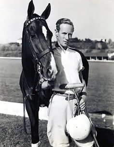 Best of both worlds, old movies and horses: Leslie Howard and a polo pony :-) Old Hollywood Movies, Hollywood Actor, Golden Age Of Hollywood, Hollywood Stars, Classic Hollywood, Harry Belafonte, Harold Lloyd, Classic Movie Stars, Classic Films