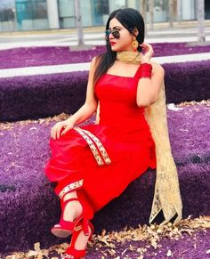 Indian Salwar Suit, Salwar Suits, Pakistani Dress Design, Pakistani Dresses, Cute Baby Wallpaper, Punjabi Girls, Stylish Girl Pic, Girls Dp, Designer Dresses