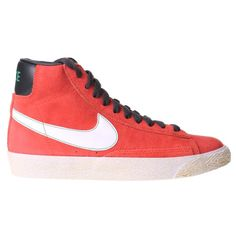 The Nike Blazer Mid Premium Suede low-Top Kids Trainer is a retro inspired design brought back in a fashion must have look. A mixture of heritage and sports inspired First made famous in the 1970s. With a suede hi-top upper and vintage treatment iconic midsole, Nike swoosh branding on the sides and padded tongue for a great look for your kids.