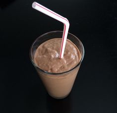 @fitwithalayne almond milk frozen banana  peanut butter protein powder flax seed ice