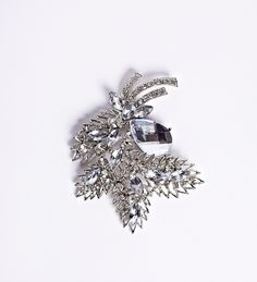Add a fabulous brooch to complete your look. #Brooches #WeddingTrends2013