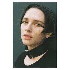 Photographer: monika mogi / Hair-make: RIE / Model: saracummings / Editorial: aika komine