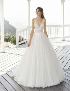 Rosa Clara Wedding Dresses, Wedding Bridesmaid Dresses, Tulle Wedding, Dream Wedding Dresses, Designer Wedding Dresses, White Bridal, Bridal Lace, Bridal Style, Bridal Gowns