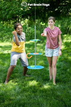 A great outdoor game for this summer that the whole family can enjoy? Swingin' Shoes! Players take turns tossing the rubbery horseshoes to try and ring them onto the suspended pole and platforms. Just keep in mind... With every toss, the whole thing swings more and more. Do you have the skills to wrangle the most points and win? From Fat Brain Toys! Summer Fun For Kids, Summer Activities For Kids, Family Fun Games, Family Game Night, Outdoor Games For Kids, Best Kids Toys, Boredom Busters, Horseshoes, Best Birthday Gifts