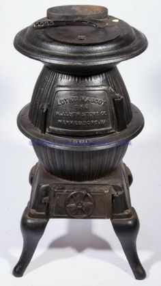 """Loth's """"Mascot"""" Cast Iron Pot-belly Stove. Cast Iron Pot, Cast Iron Stove, Antique Wood Stove, How To Antique Wood, Small Fireplace, Stove Fireplace, Coal Stove, Stove Heater, Wood Stove Cooking"""
