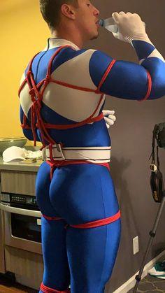 Spiderman Cosplay, Male Cosplay, Cosplay Costumes, Superman Suit, Lycra Men, Halloween Men, Mens Tights, Men In Uniform, Japanese Men