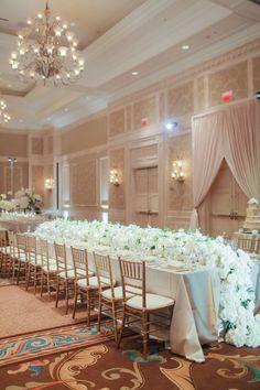 Dreamy Florida Wedding at Waldorf Astoria - MODwedding