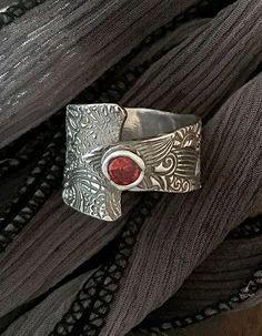 Wide Band Ring  Garnet Ring  Metal Clay от AriesArtisticJewelry