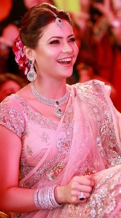 Aamna Sharif in a resplendent light pink saree and diamond jewels #celebrity weddings #beautiful Indian bride