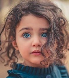 Who is Anahita Hashemzadeh the Beautiful Girl Cute Baby Girl Photos, Cute Little Baby Girl, Cute Baby Girl Outfits, Cute Girl Pic, Cute Baby Pictures, Eye Pictures, Baby Girls, World's Cutest Baby, Cute Baby Girl Wallpaper