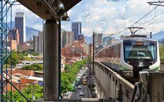 Fotoviaje: Medellín, Colombia Stargate, Train, Conveyor System, Cities, Viajes, Trains, Earth, Strollers