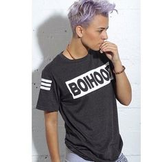 Hip hop artist and choreographer wearing one of our favorite brands Check em both out! Androgynous Fashion Tomboy, Butch Fashion, Androgynous Women, Queer Fashion, Butch Girls, Short Hair Tomboy, Lesbian Outfits, Lgbt Love, Hip Hop Artists