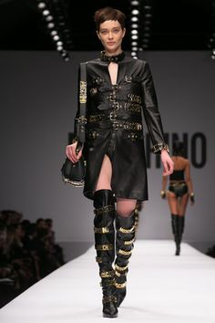 Jeremy Scott Makes his Runway Debut at Moschino   The Chic