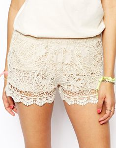 Image 3 - Native Rose - Short taille haute en dentelle Shorts Taille Haute b293c806e55